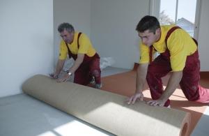 Verlegen-von-Teppichböden-300x195